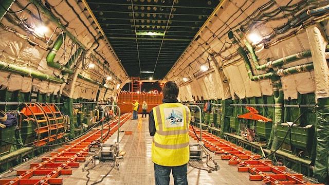 Antonov AN-225 Interior