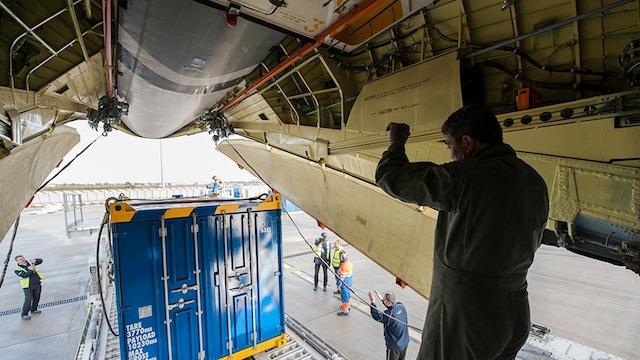 Ilyushin IL-76TF Interior